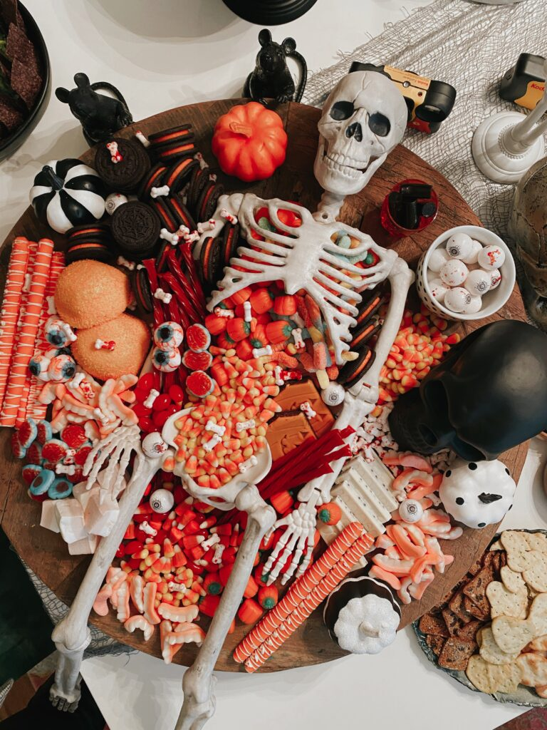 Skeleton Halloween Tablescape