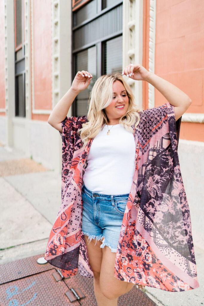 5 Ways to Style a Kimono - Wearing White Tee, denim shorts and colorful kimono.