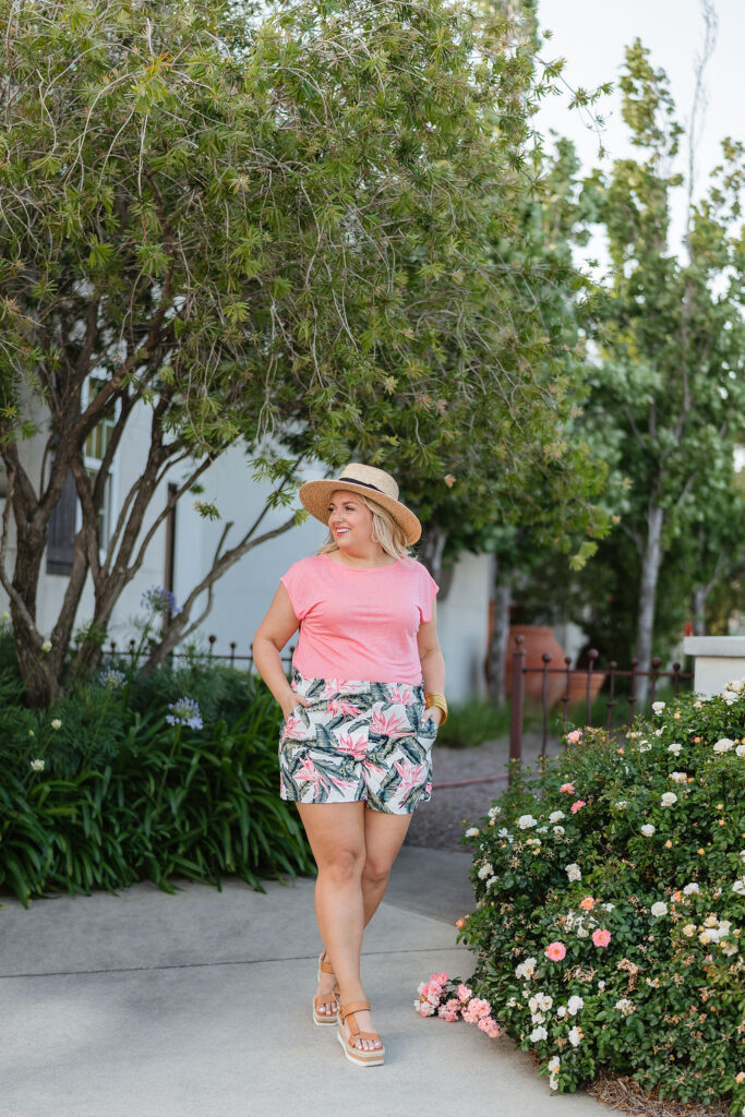 Summer Outfit Ideas  - Pink Short Sleeve Top and Floral Pull on Shorts - Loft